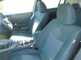 前後部座席も、綺麗・清潔に仕上げております。内装の綺麗なお車は気持ちが良く、コンディションのいい車が多いです。前のユーザーが丁寧に使っていた証拠です。