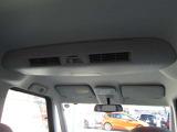 アラウンドビューモニター付です。上から丸見え、車庫入れも安心!