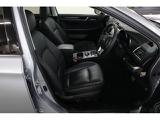 運転席・助手席の様子ですSUBARU認定U-Carは、室内まごころクリーニング実施済み!