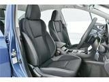 さすが低走行車!!使用感が出やすいとされる運転席も、ほとんどダメージもなく、非常にキレイな状態です!!