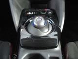 電気自動車やe-POWER専用のシフトスイッチです。