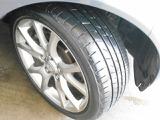 タイヤの溝もご欄の通り!もちろん新しいタイヤ(ノーマルタイヤもスタッドレスタイヤも!)格安にてご用意させていただきます!詳しくはスタッフまでお気軽にご相談ください!