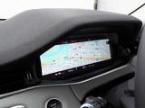 12.3インチ高解像度インタラクティブドライバーディスプレイはナビゲーション・電話など多彩なドライビング情報を表示します。