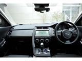 アイポイントが高いSUVは女性の方でも運転しやすい点が魅力的です。