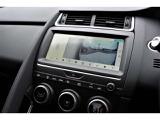 360°パーキングモニター。あなたの運転を安全にサポートします