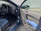 お車の詳細やお見積り、追加の画像などお気軽にスタッフまでお申し付けください。全国各地ご納車承ります。