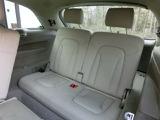 サードシートは使用感がなく目立つ汚れやダメージはございません。