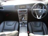 ボルボ V60 D4 SE ディーゼル