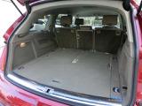 サードシートを格納しますとトランクスペースが広くなります。