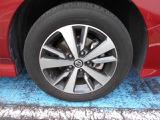 205/55R16タイヤ。「純正16インチ アルミホイール付」