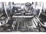 フロアカーペットも取り外して内装仕上げ済みです!!もちろんフロアカーペットもキレイに汚れを落とし、高圧洗浄仕上げさせて頂いております!!