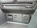 フルセグTV/DVD/CD/AUX/USB/ブルートゥースに対応したオーディオです。