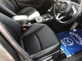 マツダのドライビングポジションは運転中の疲れ、死角のないフロントビュー、踏み間違いのないペダル、スピードを一定に保つオルガン式ペダルがあります。