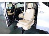トヨタ ヴェルファイア 3.5 VL サイドリフトアップチルトシート装着車