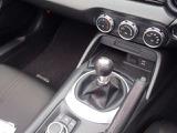ハンドル握りながらオーディオコントロール可能でございます。