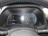 """見やすいメーター類。 左側の""""アドバンスドライブアシストディスプレイ""""にはプロパイロットの状況・エコゾーンメーター・バッテリー容量・オーディオ情報やルート案内等を表示します。"""