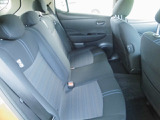 適度な包まれ感がある後席は長距離でも安心してお乗り頂けます