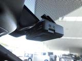 今は必需品のドライブレコーダー付です♪もしもの事故の瞬間などしっかり録画!鮮明な画像で細部まで確認できますので安心ですね♪