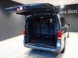 『メルセデス・ケア』が継承されるお車は、車両本体の保証にプラスして、エンジンオイルやワイパーブレード等の消耗部品に関しましても、交換時期に達している場合は無償交換させて頂きます。