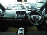 ◆スタートアップサウンド、ツインデジタルメーター、電制シフト。電気自動車ならではの先進的なデザインの室内空間です!