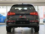 AAA Premium Plus / 5年保証(初年度登録から5年)初度登録1年以内の高品質車にロング保証をプラス。新車保証の残期間に加え、さらに2年間保証します。