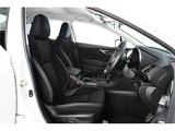 前席にはパワーシートを装備!!微調整が効き最適なベストポジションを確保できます。