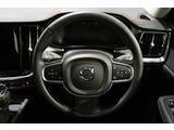 全車速追従機能付クルーズコントロール!車の流れに合わせて走行・加速・減速・停止まで自動コントロール。高速や渋滞に威力を発揮!車間距離も設定できます。さらにパイロットアシスト機能付です。