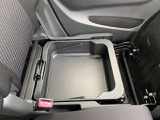 ★助手席シートアンダーボックス★底が深いのでお買い物の際にも荷物が倒れず安心!ワゴンRシリーズの魅力です!
