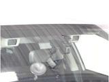 《アイサイト》スバルの安全技術。広い速度域で警報とブレーキアシスト、および自動(被害軽減)ブレーキで衝突を回避または被害軽減をサポートします。