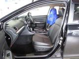 フロントシートは左右電動シート採用。細かな調整が出来、最適なポジションを設定できます。