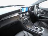 ■レーダーセーフティパッケージ・・・メルセデスの最新技術満載のモデルで、どんな道路・交通状況でもレーダーを駆使し運転をサポート!長時間のドライブや苦手な駐車も安心です! ※装備の詳細は販売店まで!