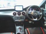 メルセデス・ベンツ AMG CLA45シューティングブレーク 4マチック 4WD