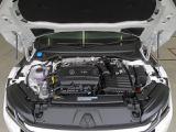"""フルタイム4WDシステム:第5世代のハルデックスカップリングを採用した最新の""""4MOTION""""を搭載。あらゆる走行シーンでスムーズかつ安定した走りを実現します。"""