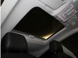 パノラマスライディングルーフ装備!メーカーオプションのガラスルーフです。チルトアップとスライド致します。(ガラススライドは半分です)車室内にはスライド式サンシェードがございます。