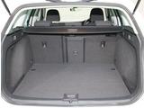 四角い形状で、使いやすいトランクルーム。リヤシートを倒せばさらに広くできます。