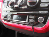 (RCD215)MP3WMA対応の純正CDデッキはAUX入力で携帯プレーヤーなどからの音楽再生も出来ますよ♪