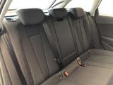 ■リアシート 後部座席には3点固定式のシートベルトを完備強固なキャビンとエアバックで大切なご家族様の安全を守ります。