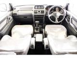 三菱 パジェロ 2.8 ミッドルーフ XP ディーゼル 4WD