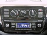 ■純正CDオーディオ/AM・FMラジオ付き/音楽等をお楽しみください/簡単操作のダイヤル式スイッチのマニュアルエアコン!