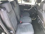 後席も非常に広く、トゥーランに乗車した全員がゆったりとお乗り頂けるお車です。