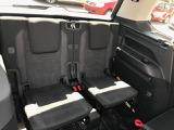 3列目シートです。3列目のシートにもしっかり安全にお乗り頂けるように3点式のシートベルトが採用されております。