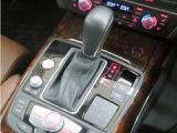 ■7速Sトロニック/オート、コンフォート、ダイナミック等の選択したドライブモードに合わせて、ステアリングキギヤレシオ、変速パターン、ショックアブソーバー減衰力、スロットル制御を同時に変更可能!