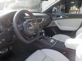 アウディ RS6アバント 4.0 パフォーマンス 4WD