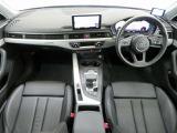 アウディ A4 2.0 TFSI クワトロ タキシード スタイル 4WD