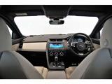ジャガー Eペイス Rダイナミック S 2.0L P200 4WD