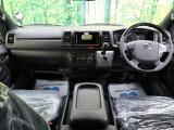 トヨタ ハイエースバン 2.8 スーパーGL ダークプライムII ロング