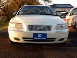 ボルボ V70 ホワイトパールエディション