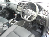 日産 エクストレイル 2.0 20Xi 4WD