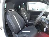 フロントシートも汚れ等なく、状態良好です!