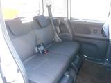 リアシートもリクライニングが可能ですのでゆったり座れ、軽自動車でも広々過ごせますよ。